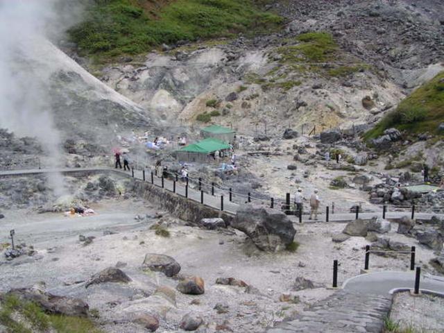 玉川温泉の北投石