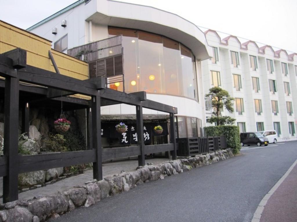 新富士(静岡県)駅周辺の健康ランド・スーパー銭湯