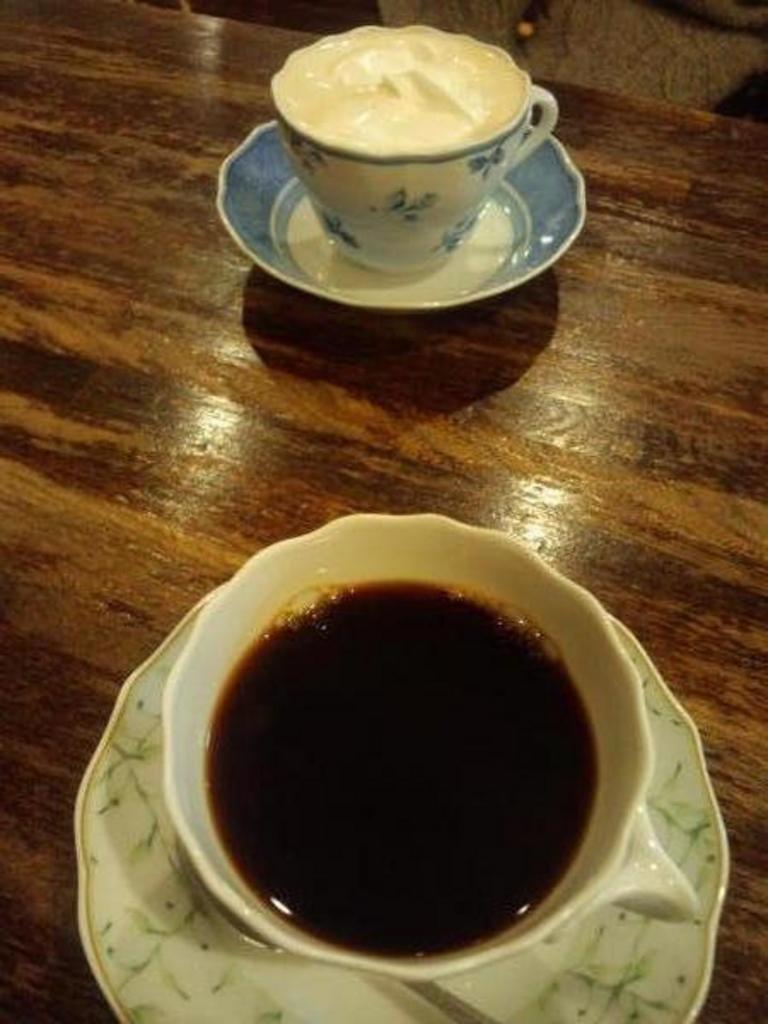 カフェ ド シュマン