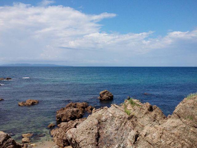 海水浴場近くの海。_笹川海水浴場