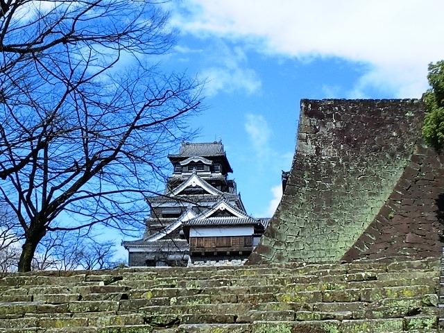 この反りの素晴らしさ。_熊本城