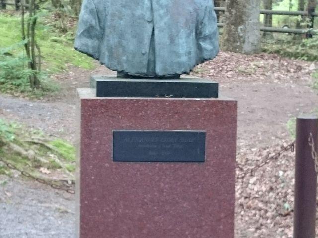 ショー博士の銅像_日本聖公会ショー記念礼拝堂