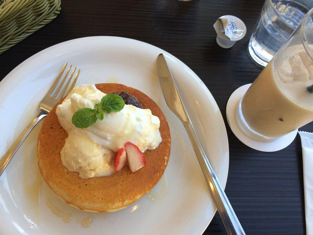 代官山 パンケーキ カフェ クローバーズ