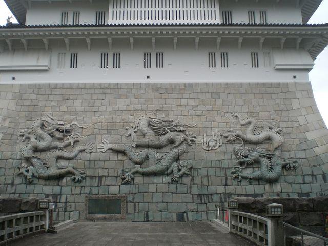 石垣に龍が。中国っぽいけどこれはこれでよかったです。_勝山城博物館