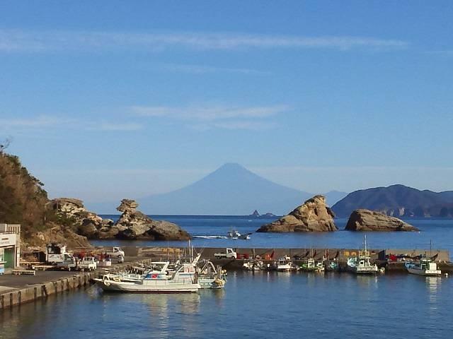 夏の絶景富士山_雲見・石部・岩地・松崎海岸