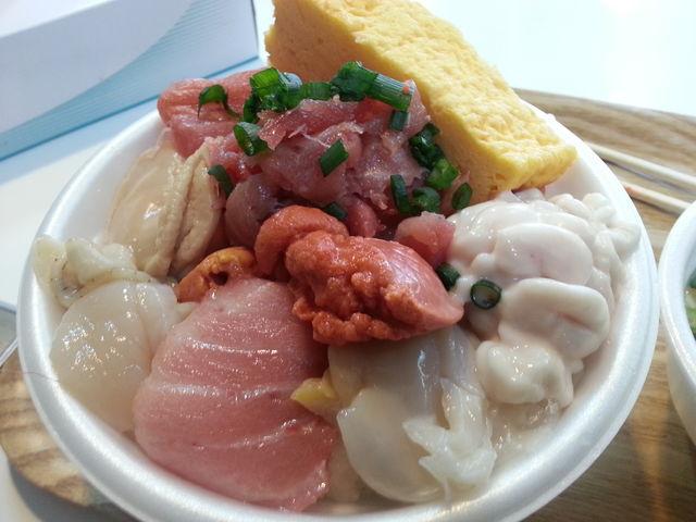 のっけて貰います_古川市場 青森魚菜センター