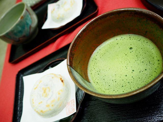 お抹茶セットです(^-^)_梅ヶ枝餅
