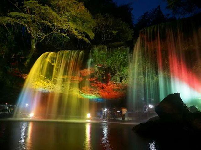 夜間ライトアップ_鍋ヶ滝公園  ※当面の間平日のみの開園となります