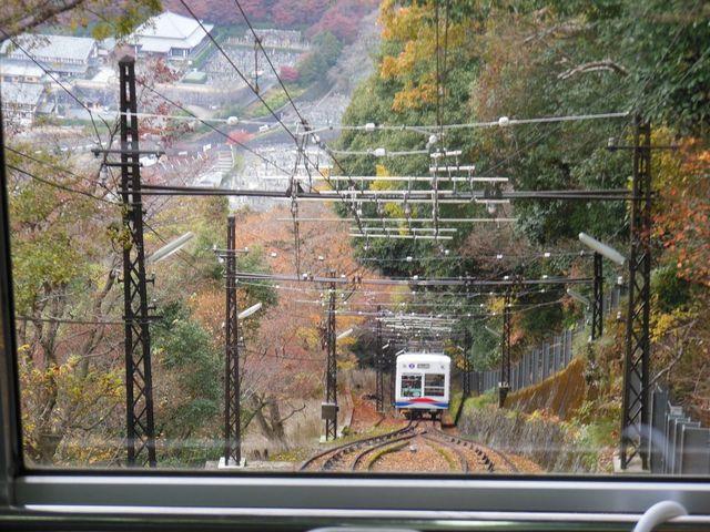 すれ違い_叡山ケーブル