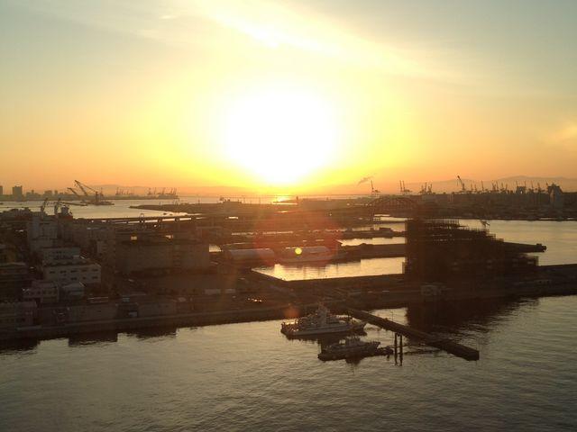 神戸ならではの海が見える景色が素敵です_神戸ベイシェラトンホテル&タワーズ テラスレストラン・ガーデンカフェ