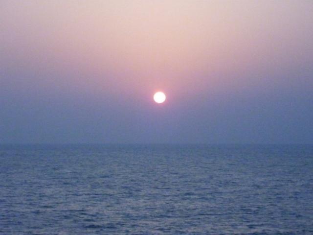 竹野海岸からの日の出です。_竹野海岸