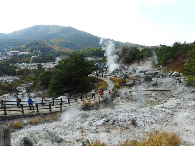 温泉の湯けむりがすごいです_雲仙温泉