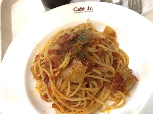 ランチタイムにはパスタを頼むとドリンクが安くなります_イタリアントマト カフェ ジュニア なんばOCAT店
