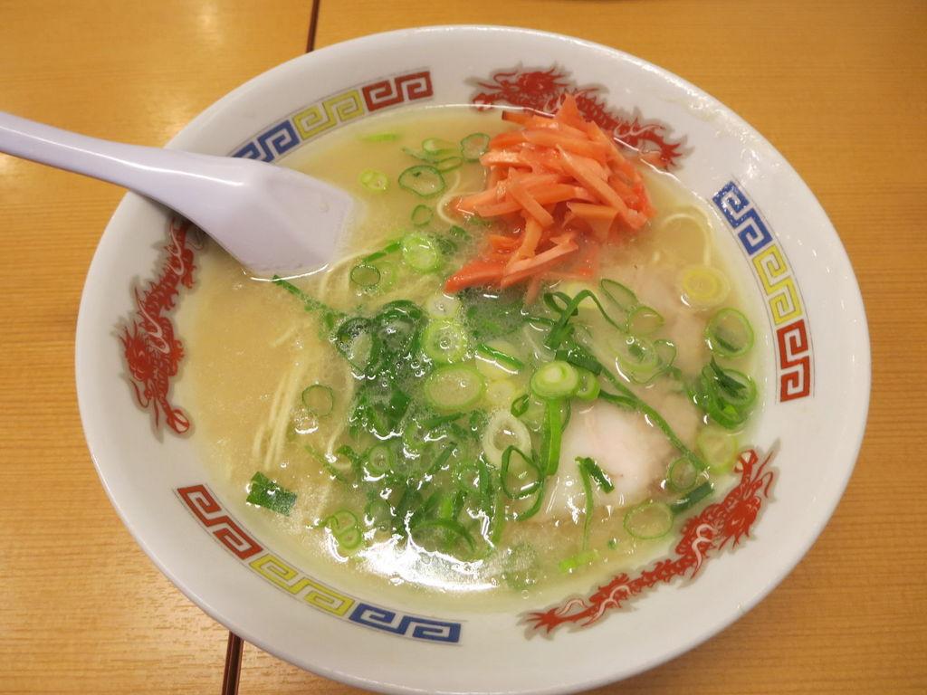 いっぱちラーメン 須恵店