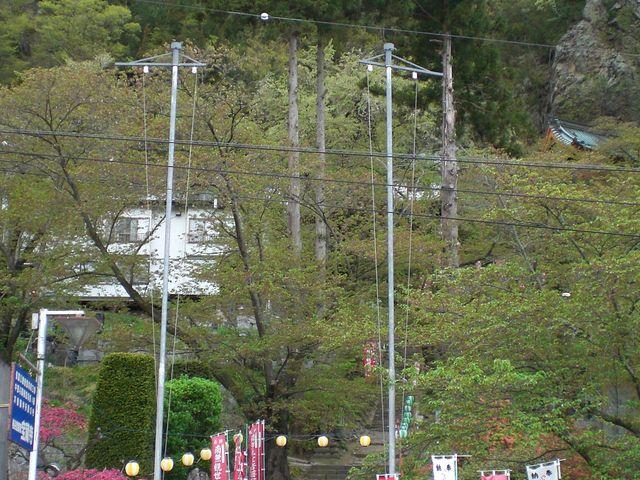上田市中心部からはだいぶ離れた場所です。_龍洞山宝蔵寺