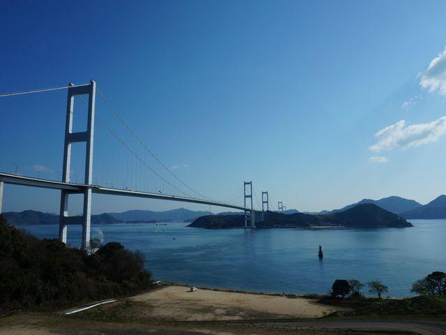 ロビーからの眺望 来島海峡大橋_サンライズ糸山(サイクリングターミナル)