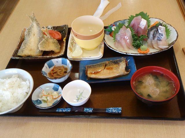 満腹定食1480円_おさかな倶楽部
