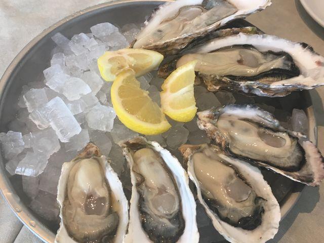 牡蠣3種_レカイエEX オイスターバー JR博多シティ店