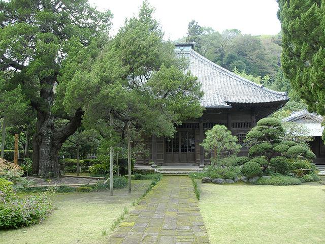 寿福寺 仏殿_源実朝・北条政子墓(寿福寺)