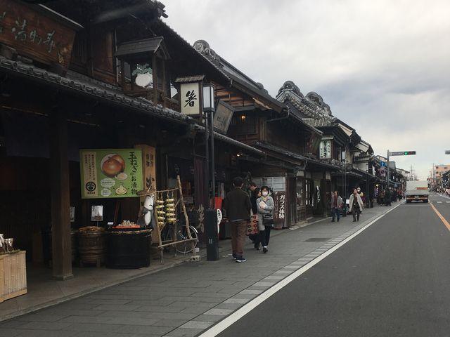 川越・蔵造りの街並み。電柱無しは、goo!(2/3)_蔵造りの町並み