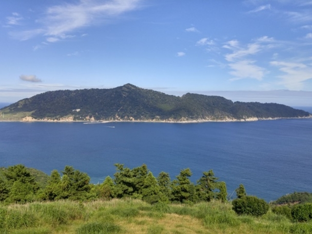 ここから見る金華山は本当に美しい_御番所公園