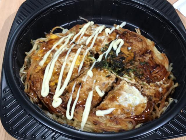 かき入りそば肉玉子_みっちゃん JR新幹線口名店街