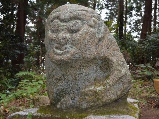 頂上近くの「猿石」_高取城跡