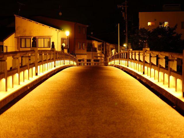 中の橋を橋の上から撮影_主計町茶屋街