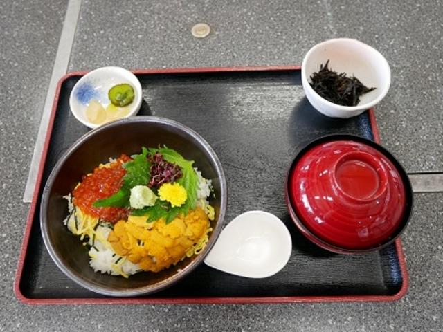 ウニイクラ丼_道の駅よしうみ いきいき館
