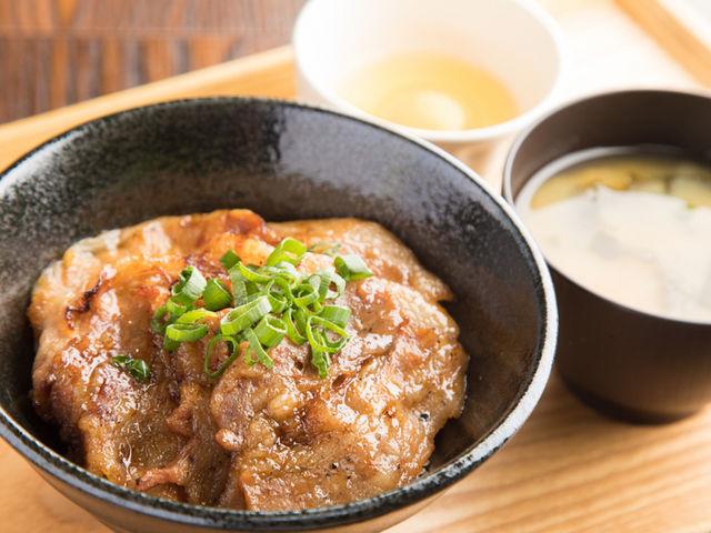 豚丼_道の駅 清川