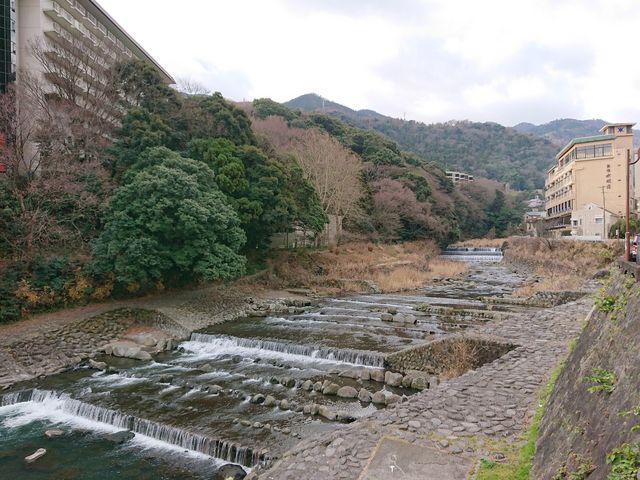 あじさい橋から早川を望む_早川