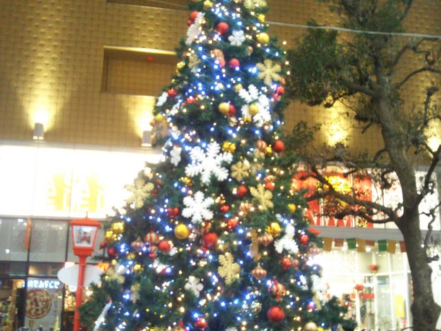 『浅草ROXのクリスマスツリー』。_浅草ROX