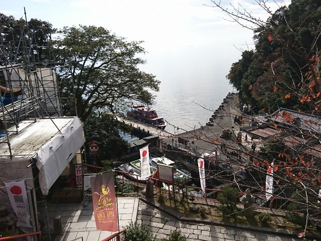 上から_竹生島