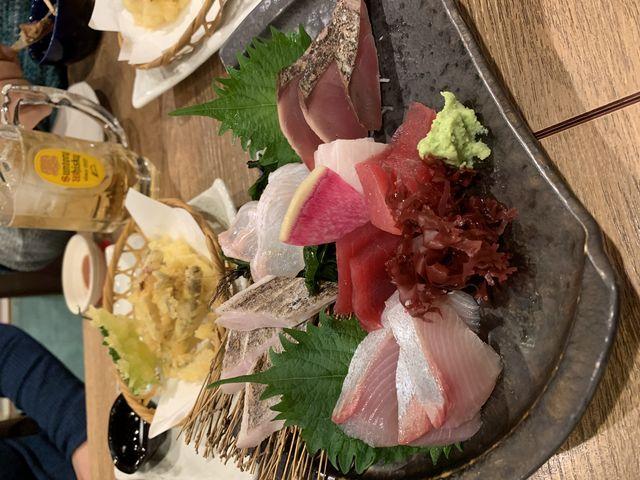 ホテル近くの居酒屋の食事のメニュー 一例です_(公社)神奈川県観光協会