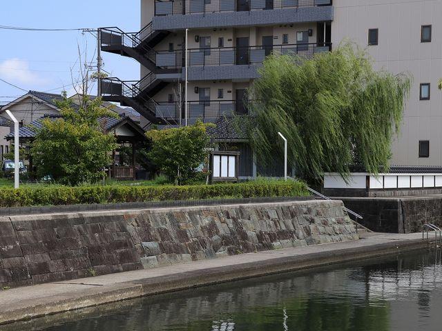 水辺に心地よい風が吹いていました。_米子城下町