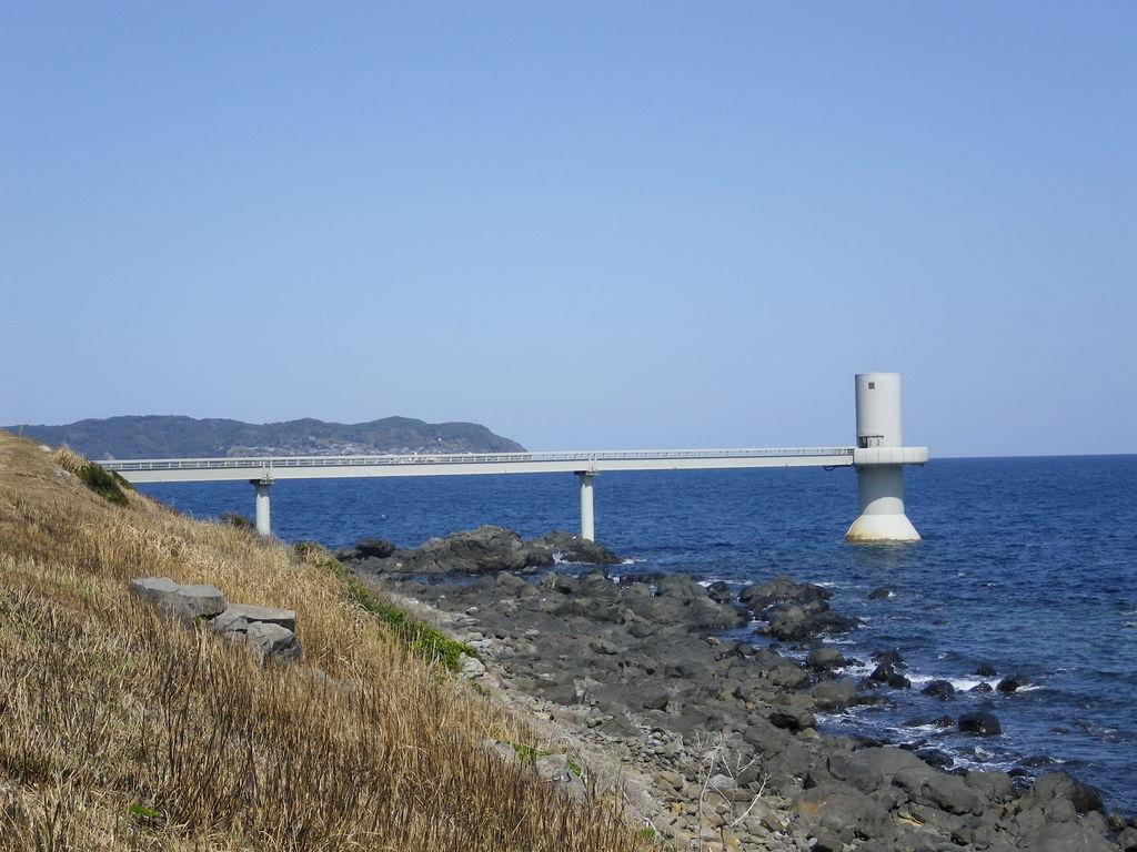 玄海海中展望塔