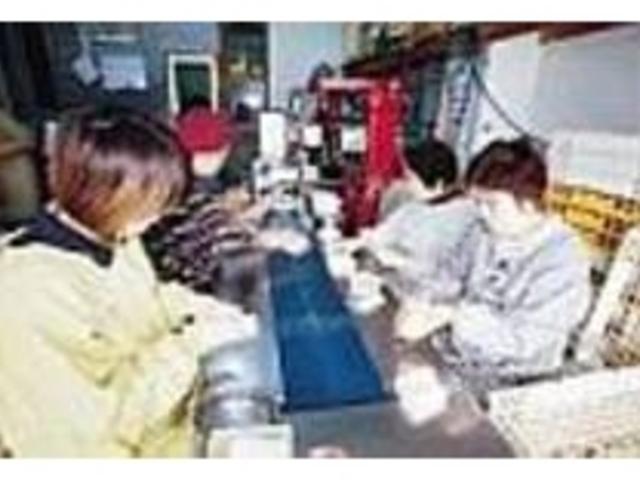地元のお母さんたちが手作りで作っている_中野漁業協同組合(川内かまぼこ)