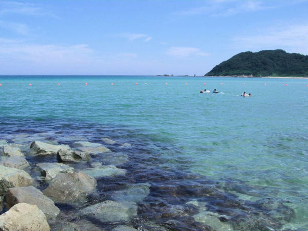 八丁浜・浅茂川海水浴場