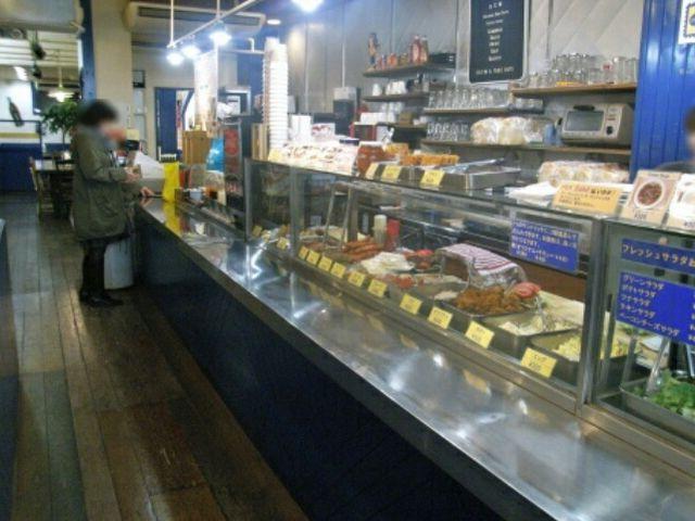 豊富な具材から二種選びます_Sandwich Factory OCM
