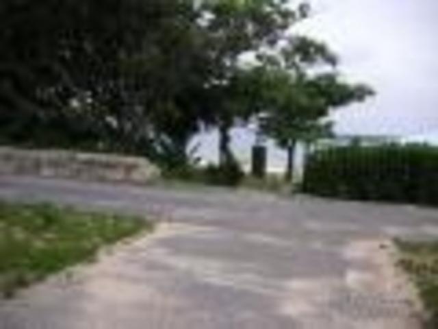 ビーチの入り口_パイナガマ