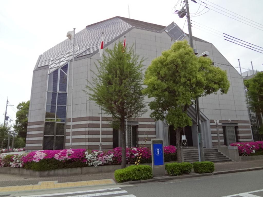 西灘駅周辺のミュージアム・ギャ...