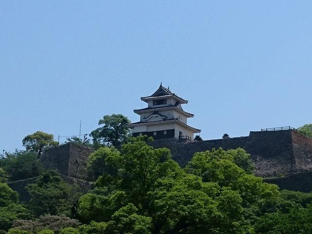 丸亀城を北から_丸亀城