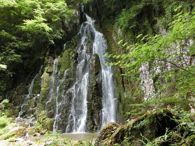 こんな滝です_道の駅 いんない