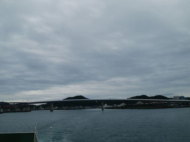 フェリーからの写真_牛深ハイヤ大橋