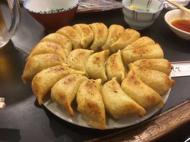 円盤餃子_餃子の店 山女