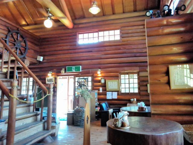 レストラン内部_二上山万葉の森