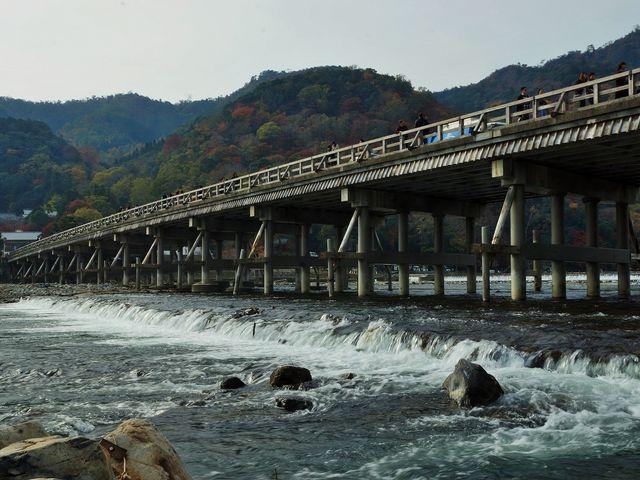 秋の渡月橋_渡月橋