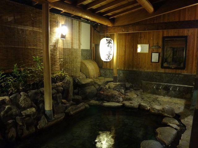 露天風呂。_岩井温泉