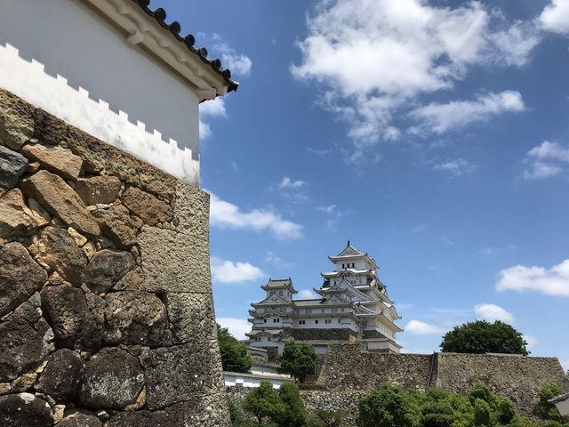 化粧櫓から天守閣を望む_姫路城化粧櫓