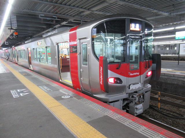 新型車両_JR広島駅